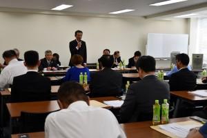 青年部長会で挨拶する辻正人部長(滋賀県)