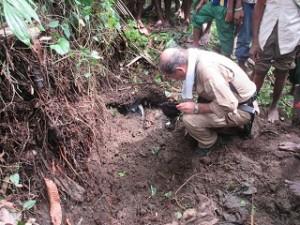 東セピック州の山南地区で試掘調査を実施